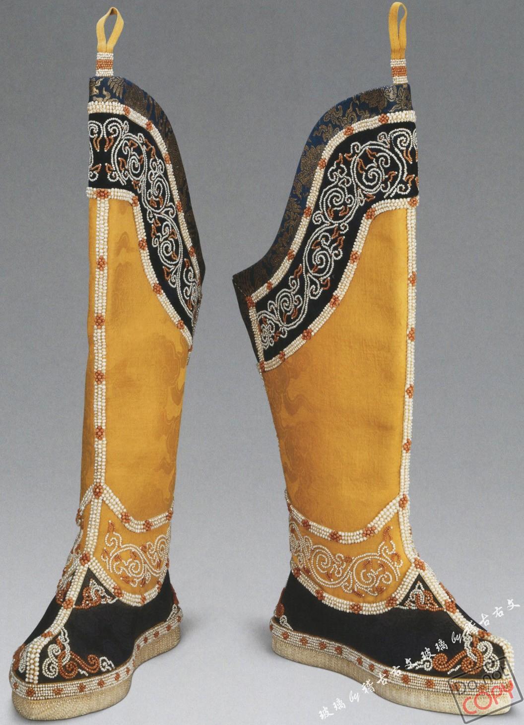 清代宫廷服饰之靴,鞋,袜篇